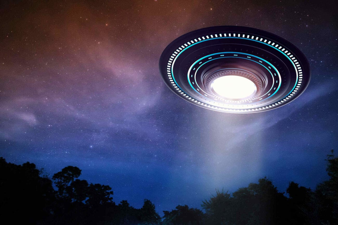 Ever seen a UFO? Then you're in star-studded company! Check out these celebrities who claim to have seen real UFOs in the night sky.