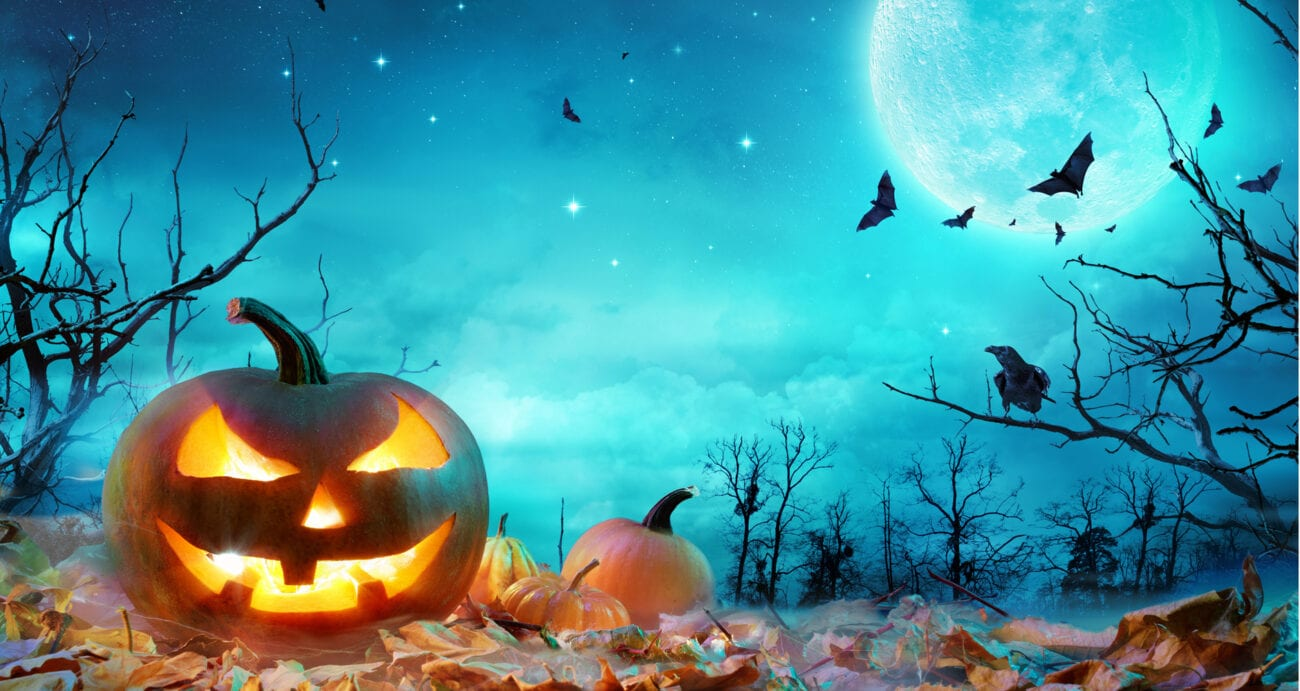 Get out your lunar calendars because the full moon in October will be extra special this year. Here's everything to know about October's lunar cycle.