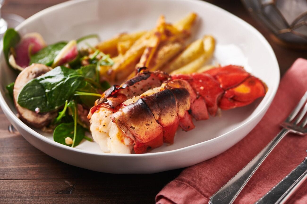 Looking for an easy dinner tonight? Check out these easy steps on how to cook frozen lobster.