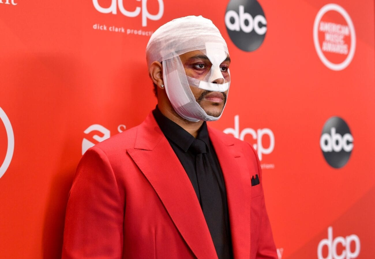 Who beat up The Weeknd? Are the bandages part of a new fashion trend? Take a look at the best Twitter reactions to The Weeknd's 2020 AMA look.